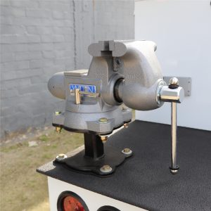 Vise and Vise Stand2